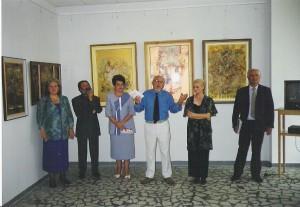 La lansarea ediţiei a II-a a cărţii  Eminescu. De la muzica poeziei la     poezia muzicii şi a CD-ului Cântecele lui Eminescu, la Botoşani,    (2002) prezentată de George Muntean şi Valentin Ciucă. Alături, Dana Pietraru şi familia pictorilor Antal.