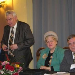 Dicţionarul enciclopedic Mihai Eminescu a fost lansat la Botoşani